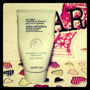Liz Earle Cleanse and polish_Fotor